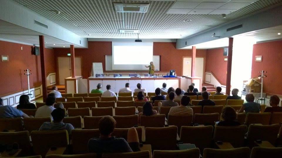 Conférence sur le thème de la communication scientifique